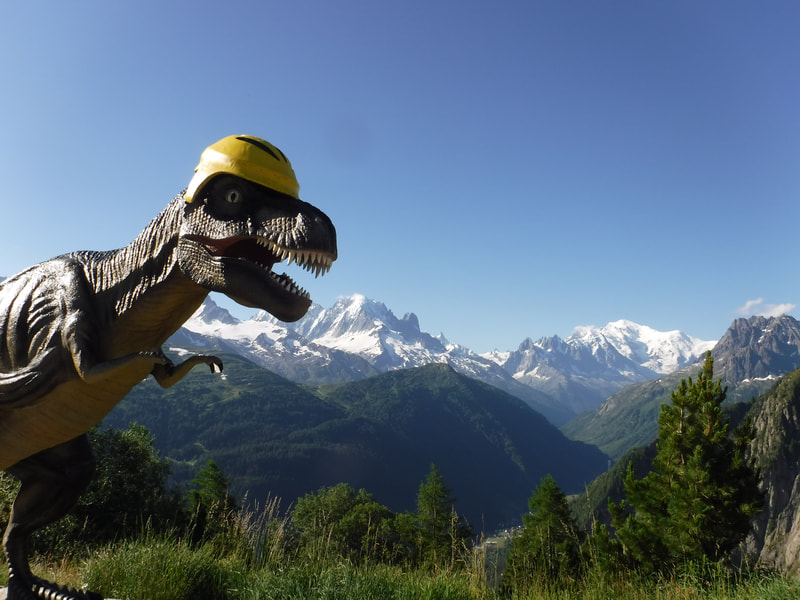 Just next to Mont Blanc are some footprints of the dinos ancestors, the Archosaurs! How cool is that?